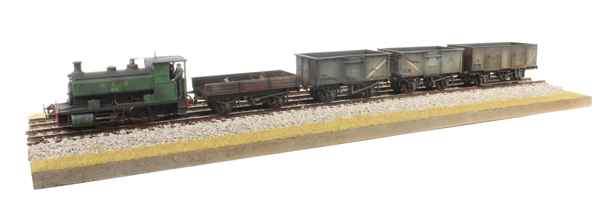 Hattons Originals OO Andrew Barclay 0-4-0ST - Available Now
