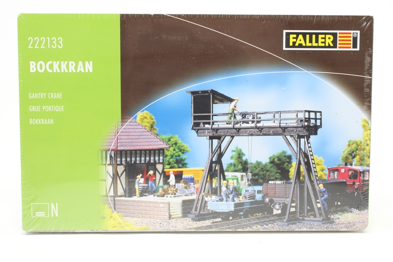 Wooden Gantry Crane Pre Owned Like New Factory Sealed
