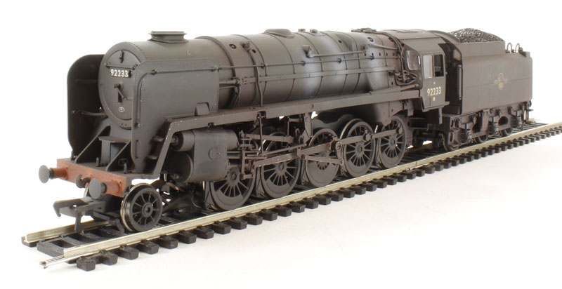32-859 Class 9F Standard 2-10-0 92233 BR black with late