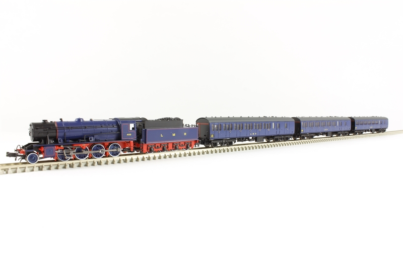 370 400 Longmoor Military Railway Train Pack With Wd Austerity 2 8 0