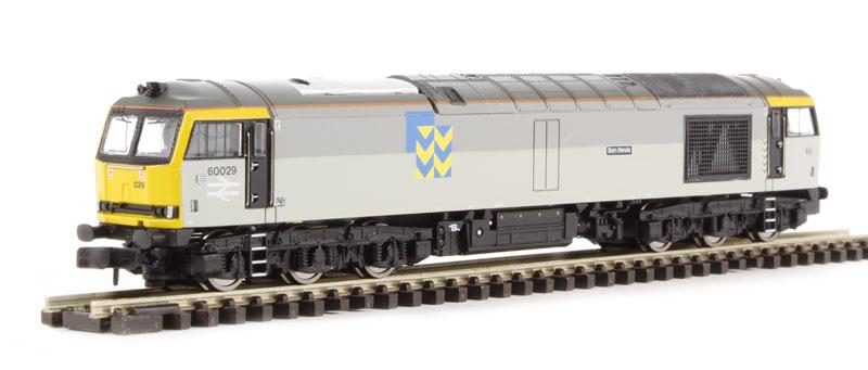 ehattons.com - Graham Farish 371-356 Class 60 diesel 60029
