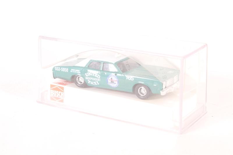 1//87 Busch Dodge Monaco L.A Taxi 46610