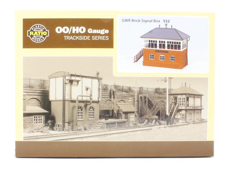RATIO 552 OO SCALE GWR Brick Signal Box kit