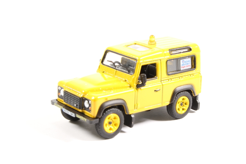 Oxford 1//76 Land Rover Defender 90 RAF Flight Safety # 76LRDF005