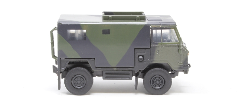 Land Rover FC Signals Nato Green Camouflage