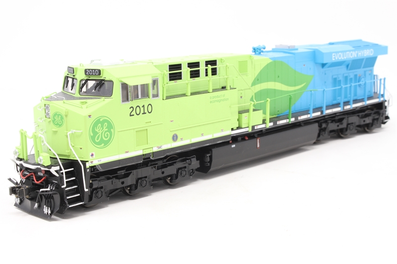hattons co uk - MTH 80-2344-1 GE ES44AC #2010 in G E