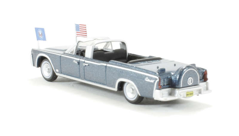 oxford diecast 87lc61001 1961 lincoln continental x100 presidential in blue metallic. Black Bedroom Furniture Sets. Home Design Ideas