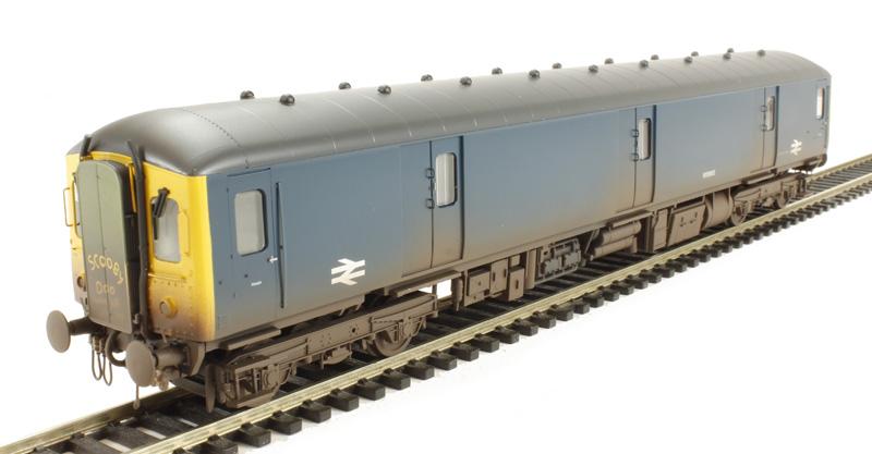ehattons.com - Heljan 8922 Class 128 DPU W55992 in BR blue with yellow ...: www.ehattons.com/83445/Heljan_8922_Class_128_DPU_W55992_in_BR_blue...
