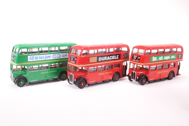 e712fb90a LT (London Buses) Gift Set - Pre-owned - imperfect box, model like new