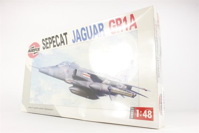 hattons co uk - Airfix A07104 Sepecat Jaguar GR3A
