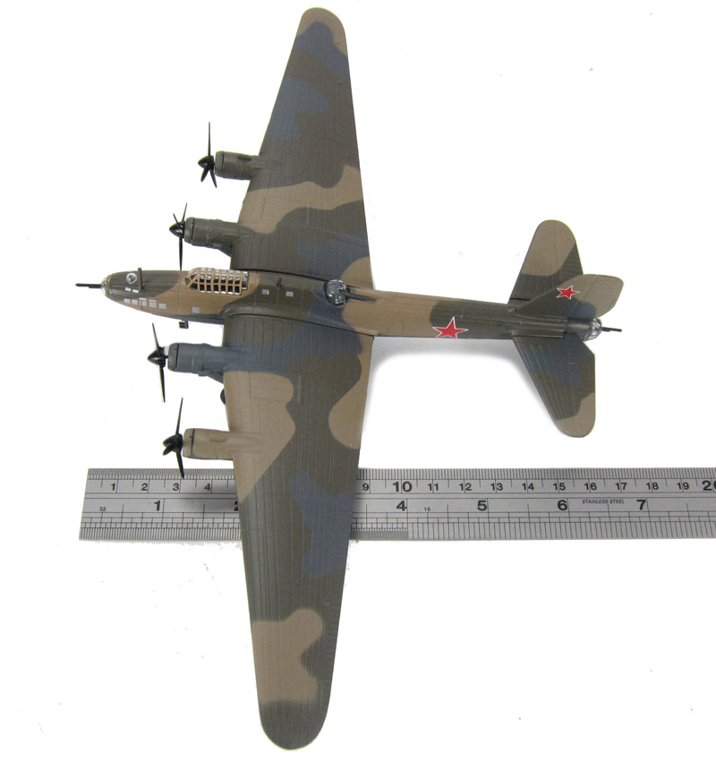 Ixo Models AH26 Petlyakov Pe-8 Russian Air