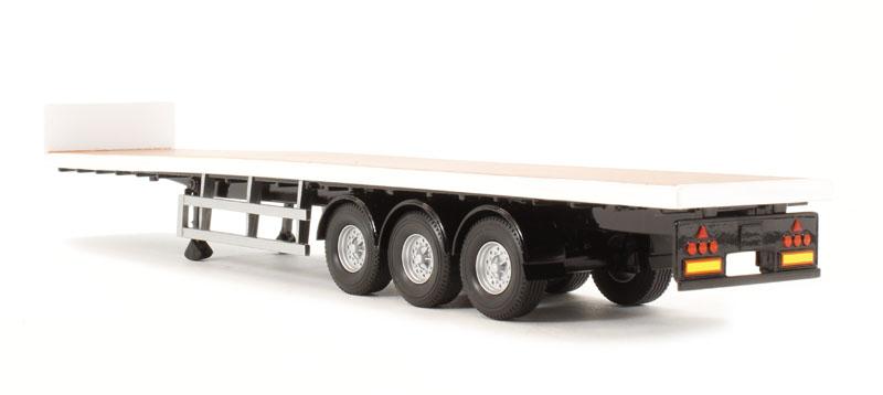 Tri Axle Flatbed : Hattons corgi collectables cc tri axle