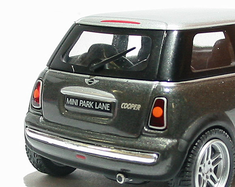 corgi collectables cc86528 c bmw mini cooper in grey park lane livery. Black Bedroom Furniture Sets. Home Design Ideas