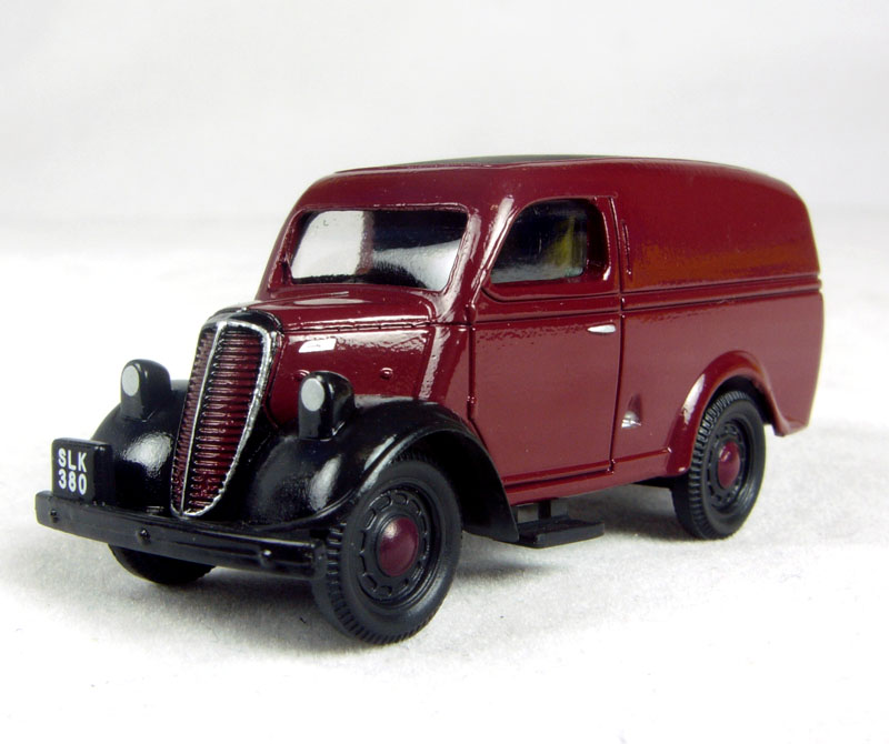 """Swiss Vans Large Uk Ford: Pocketbond """"Classix"""" EM76609 Ford E83W 10"""
