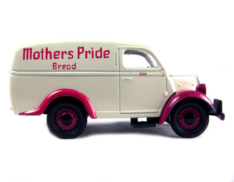 Classix EM76619 1//76 OO Scale Ford Thames Estate E83W Mothers Pride Bread