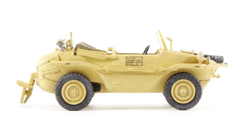 HG1502 Schwimmwagen Type 166 VolksWerfer-Brigade 8 1944 Hobby Master 1:48