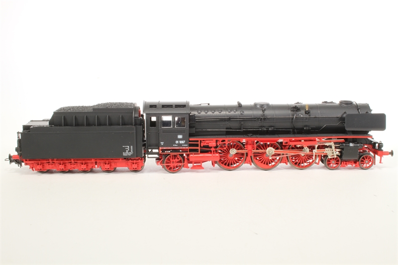 L10103-1097-SD Class BR 01 1097 4-6-2 of the