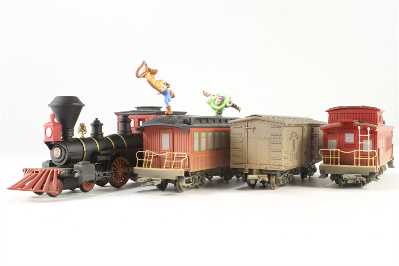 New Toy Story 3 Train : Hattons hornby r u toy story train pre