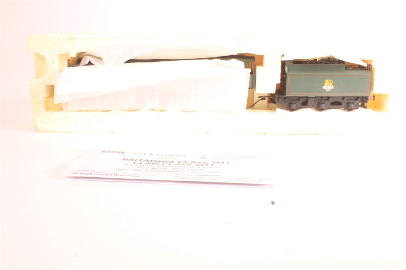 hattons co uk - Hornby R2719-HR Class 7P6F 4-6-2 Britannia 70014
