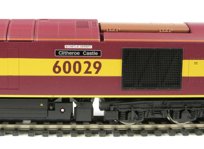 ehattons.com - Hornby R2746 Class 60 diesel 60029
