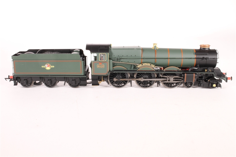 hattons.co.uk - Hornby R3332-LN01 Class 6000 King 4-6-0 ...