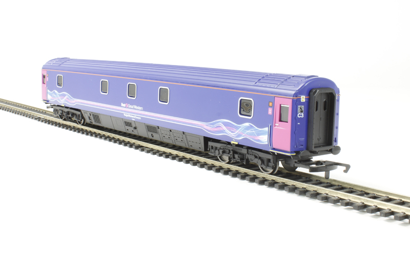 hattons.co.uk - Hornby R4597 MK3 SLEP Sleeper 10601 in First Great ...: www.ehattons.com/StockDetail.aspx?sid=69395