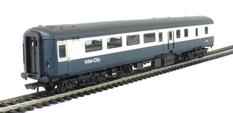 Railroad range Hornby R4624 Mk2E BSO brake second open M9501 in BR blue /& grey