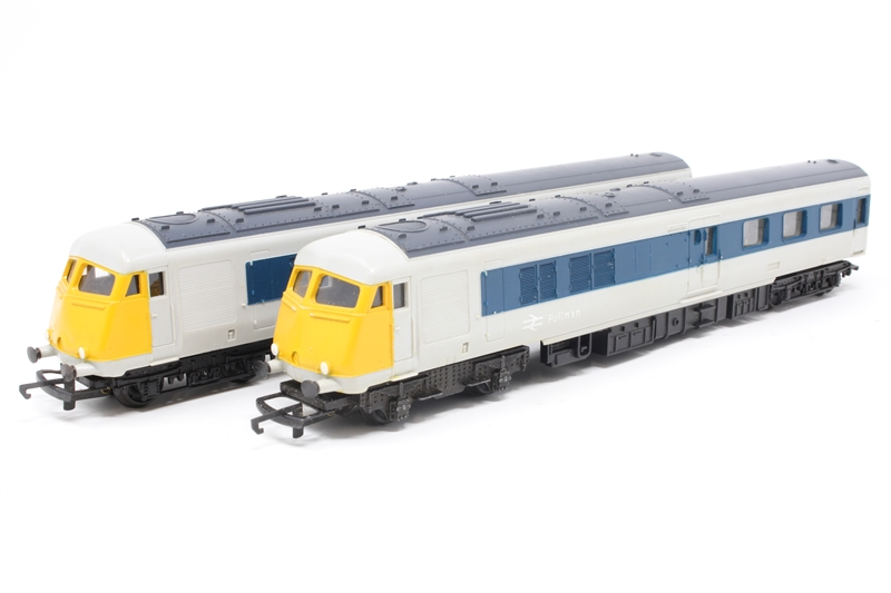hattons.co.uk - Tri-ang R555C-PO02 Diesel Electric Two Car ...