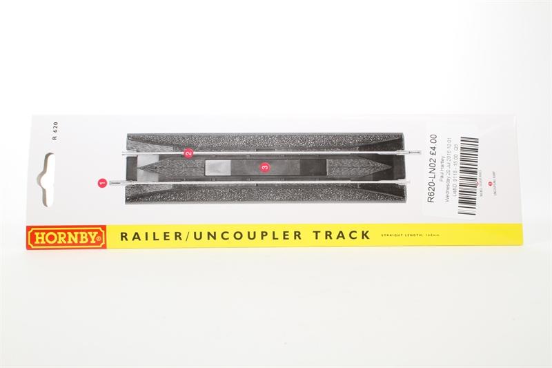 Hornby Uncoupler X 10 R620 Railer