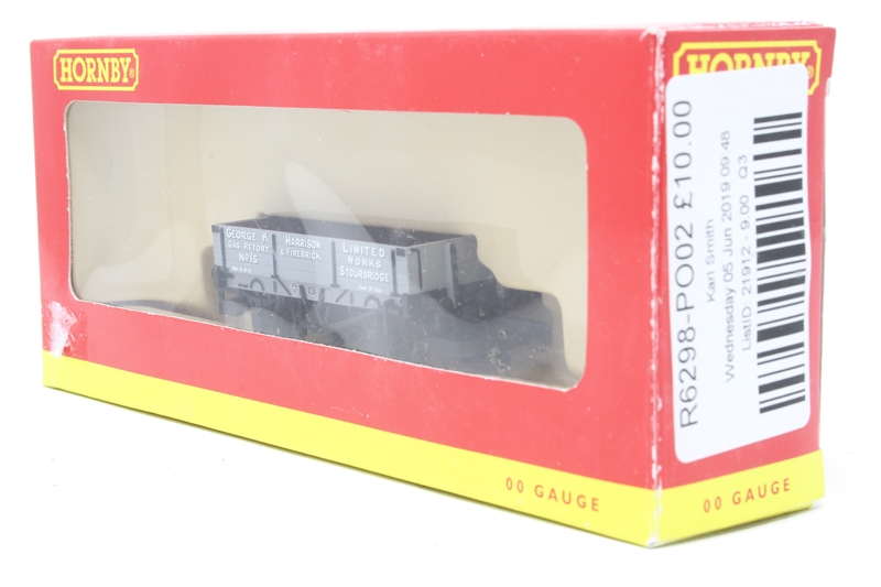 Hornby R6298 3 plank wagon in George Harrison livery