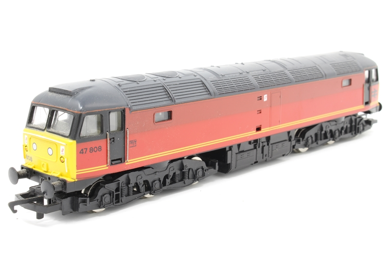 Hornby R717-PO Class 47 47808 in BR Parcels Red - Pre-owned - missing  buffer- replacement box