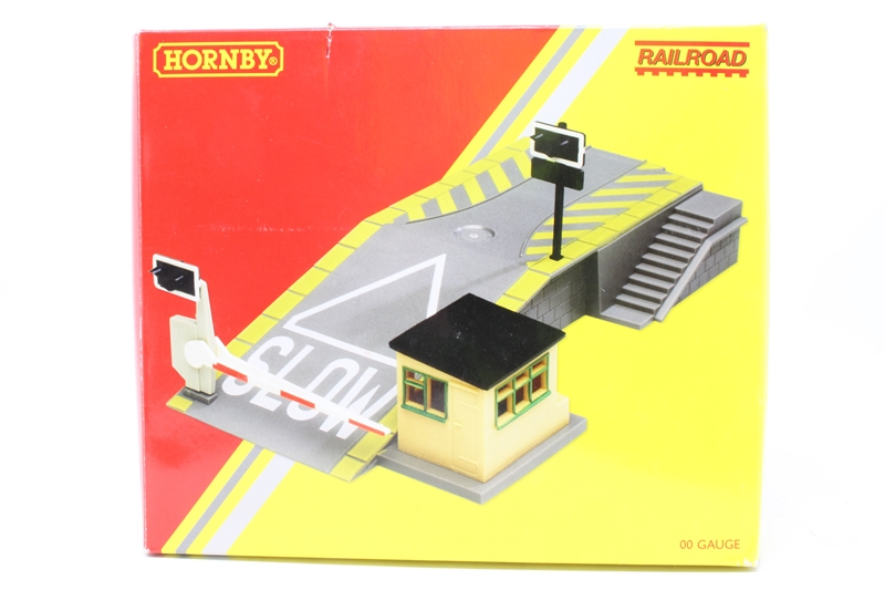 Hattons Co Uk Hornby R8260 Po Car Loading Ramp Pre Owned Like