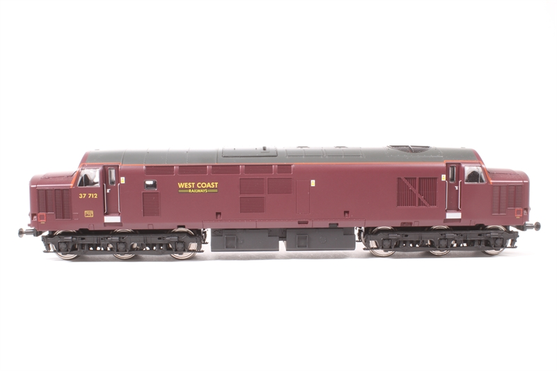 hattons co uk - Vi Trains V2088-LN Class 47 and Class 37