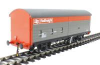 Heljan 1042 200xx VAA sliding door van in Railfreight red & grey