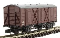 Dapol 2F-014-008 Fruit D wagon #W2036 in BR maroon with straw lettering & grey roof
