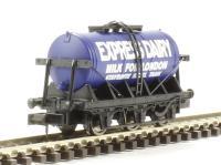"Dapol 2F-031-002 6-wheel milk tanker ""Express Dairies"""