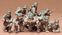 Tamiya 35061 German Panzer Grenadiers - 8 figures