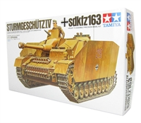Tamiya 35087 German Sturmgeschutz IV (Stug 4) SdKfz 163 assault gun with figure