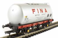 Bachmann Branchline 37-586 45 Ton TTA tank in Fina livery