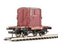 Bachmann Branchline 37-960 Conflat wagon in BR bauxite with A container in BR crimson