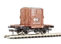 Bachmann Branchline 37-961 Conflat wagon in BR bauxite with A Container in BR bauxite Door to Door livery