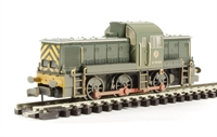 Graham Farish 372-953 Class 14 diesel D9526 in BR green with wasp stripes - weathered