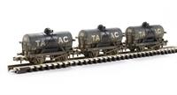 Graham Farish 373-665 Triple pack 14 Ton tank wagons - weathered