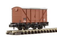 Graham Farish 373-751C 12 ton ventilated box van with plywood sides in BR Bauxite (Early)