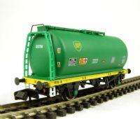 Graham Farish 373-775A TTA 45 tonne tank wagon in 'BP'