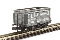 Graham Farish 377-177 7 Plank Wagon with Coke Rails 'T. L. Hale (Tipton) Ltd'