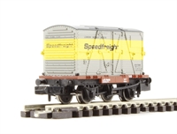 """Graham Farish 377-325A Conflat With BD Container """"Speedfreight"""""""