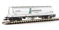Graham Farish 377-675A 100 Tonne JPA Cement Wagon 'VTG Lafarge Cement' Silver