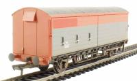Bachmann Branchline 38-120B 35 Ton VAA box van with sliding door in Railfreight red & grey - weathered