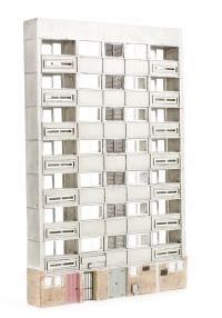 Graham Farish 42-212 Low Relief Block of Flats (85 x 13 x 132mm)